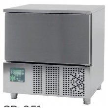 Abatidor de Temperatura Mixto 5 bandejas GN1/1 y 600x400 mm de 790x700x850h mm CR-051